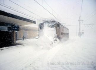 Stazione ferroviaria di Brescia durante la grande nevicata del gennaio '85