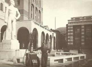 La Fontana con l'atleta di Arturo Dazzi - Piazza Vittoria 1932