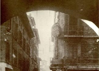 Via Fratelli Dandolo vista dai portici di Via Dieci Giornate