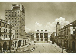 Piazza Vittoria - Brescia anni 30