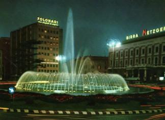 La più spettacolare delle fontane di Brescia in Piazzale della Repubblica (cartolina viaggiata 1970, ed. Micheletti Bs)
