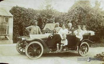 I miei nonni in automobile