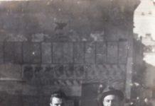 Mio padre con il cappello e il suo amico .