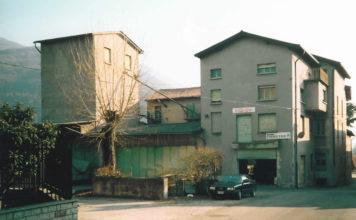 Esterno del vecchio Mulino Gazzaroli a S.Andrea di Concesio - 2002