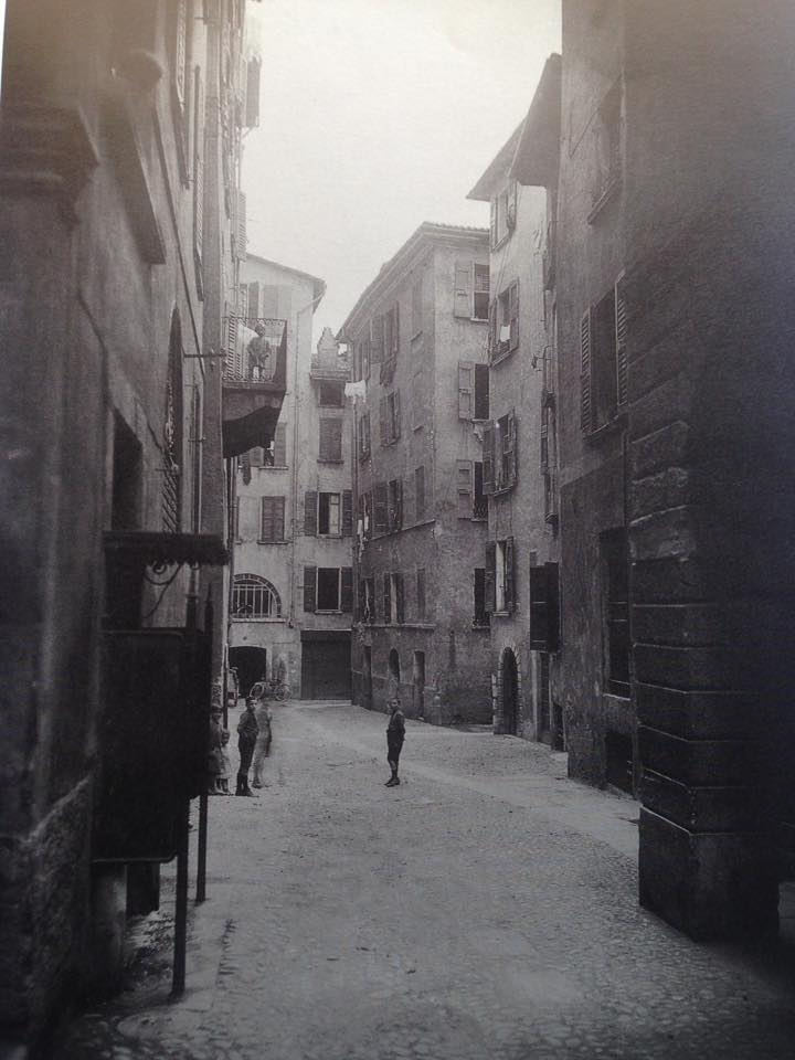 Vespasiano in via Granarolo a Brescia