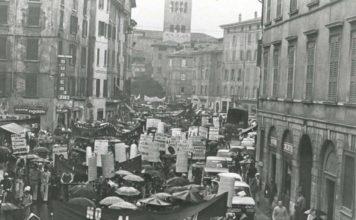 manifestazione antifascista Brescia anni 70