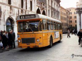Vecchio Saviem in azione a Brescia