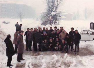 """""""Dipendenti Sip durante la grande nevicata"""" - Via Codignole - 1985"""