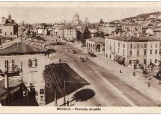 Piazzale Arnaldo nel 1928