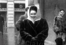 Marina Gritta in centro ...fine anni '40 davanti alla Perugina.
