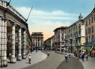 Corso Zanardelli e Teatro Grande - Cartolina viaggiata 1958 ed. Micheletti