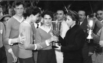 Trofeo Spedini premiazione atleti 1a edizione - Stadium viale Piave - 1954