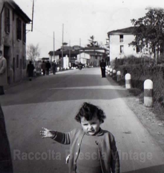 Io in via Corsica irriconoscibile - Brescia 1952