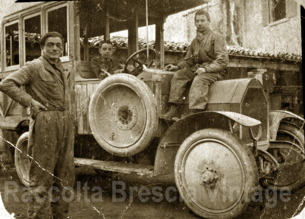 Prima corriera Desenzano - Ghedi - Orzinuovi negli anni 20