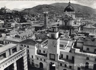 Brescia piazza Loggia - 1957