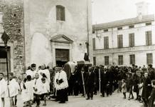 Funerale in via Battisti - Ghedi anni 30
