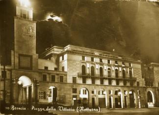 Piazza della Vittoria (Notturno) - Brescia 1955