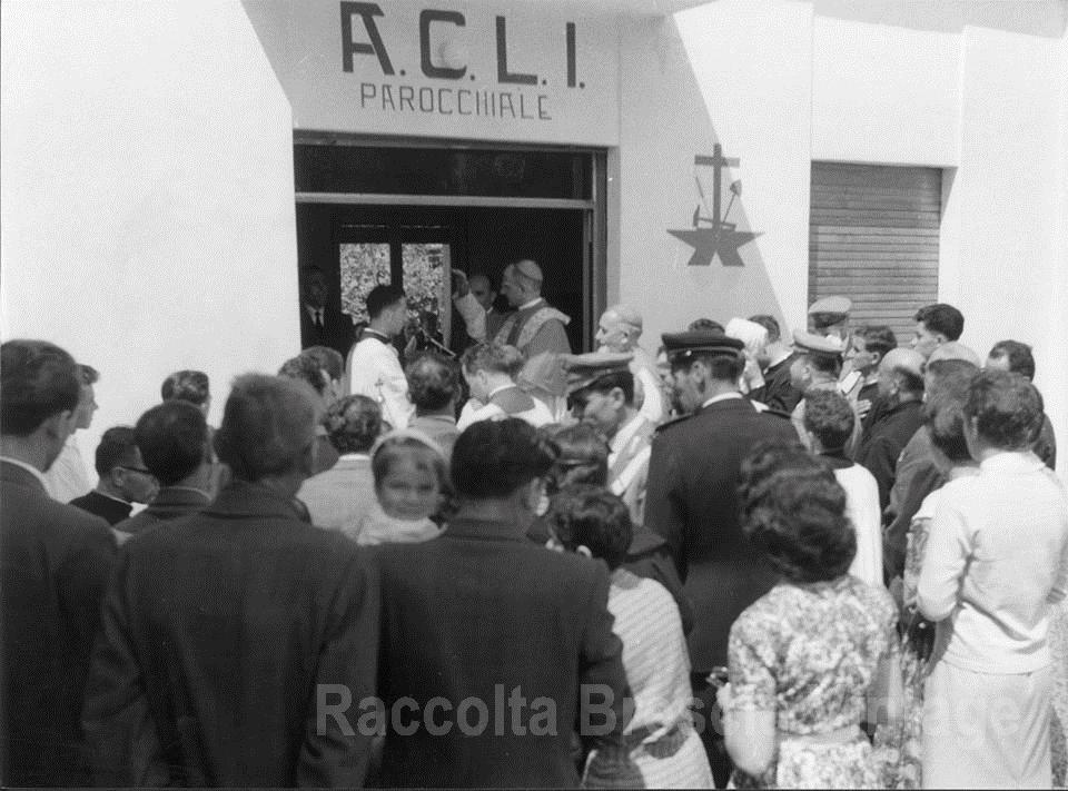 Benedizione sede Acli di Concesio - Futuro papa Paolo VI