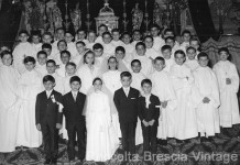 La Cresima all'oratorio della Pace con Padre Antonio
