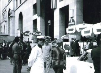 Mille Miglia - Piazza Vittoria