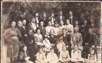 Una famiglia numerosa - 1948