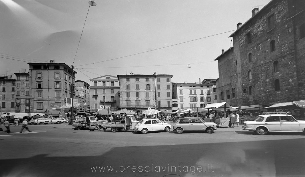 Piazza Rovetta - Brescia