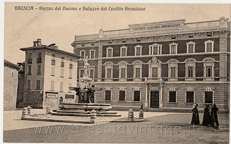 Piazza Duomo e Palazzo del Credito Bresciano