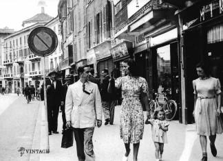 I miei zii a passeggio - Corso Zanardelli - 1933