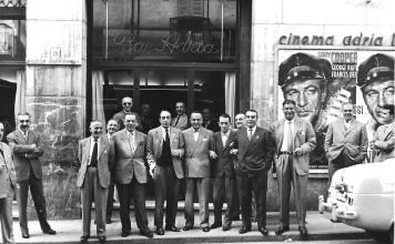 Gli avventori del Bar Adria - Brescia 1953