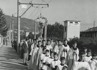 processione-in-viale-venezia