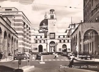 Piazza Vittoria - primi anni 60