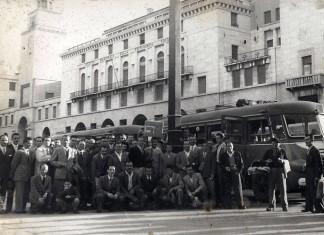 """""""Tifoseria bresciana"""" - Piazza Vittoria - 1950"""