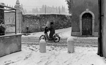 Ciao sotto la neve in Via Benacense