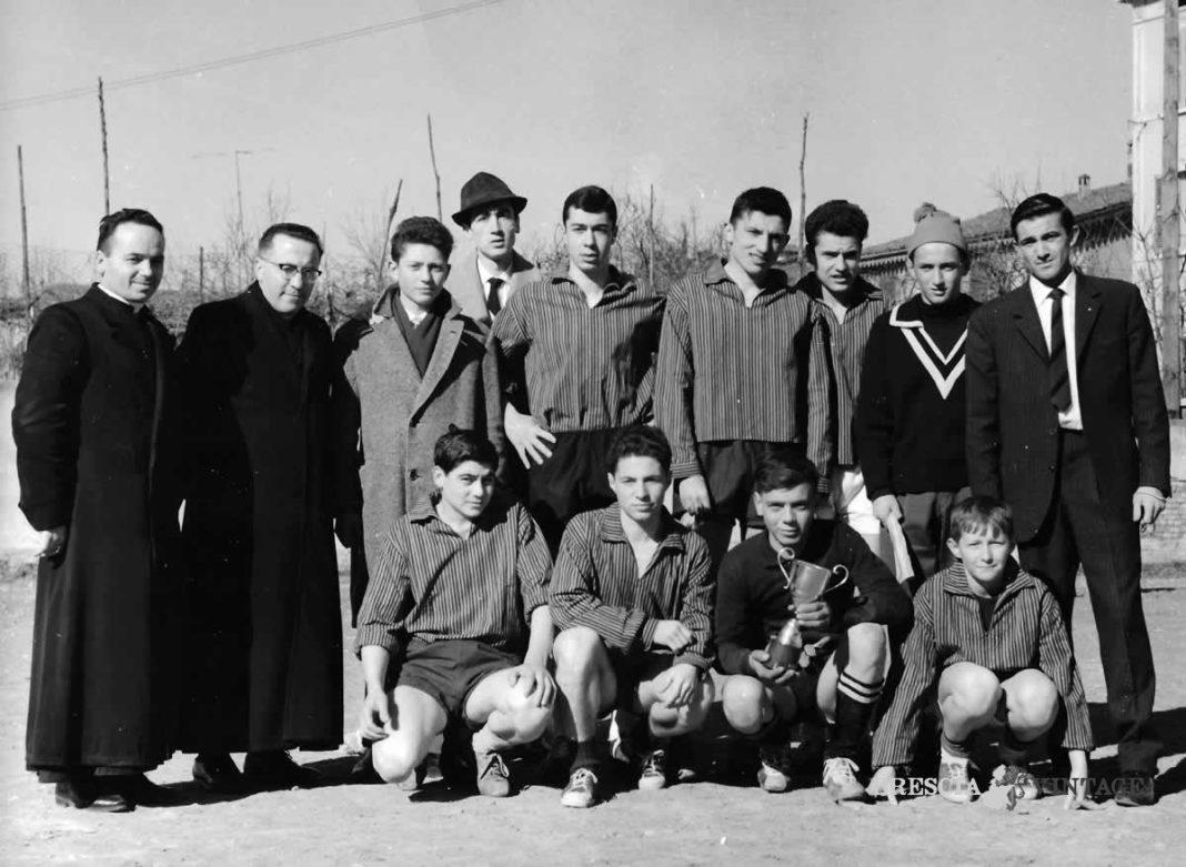 La squadra dell'Olimpia a San Francesco di Paola