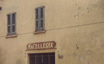 Ingresso di vecchia Macelleria in Campagnola -1970