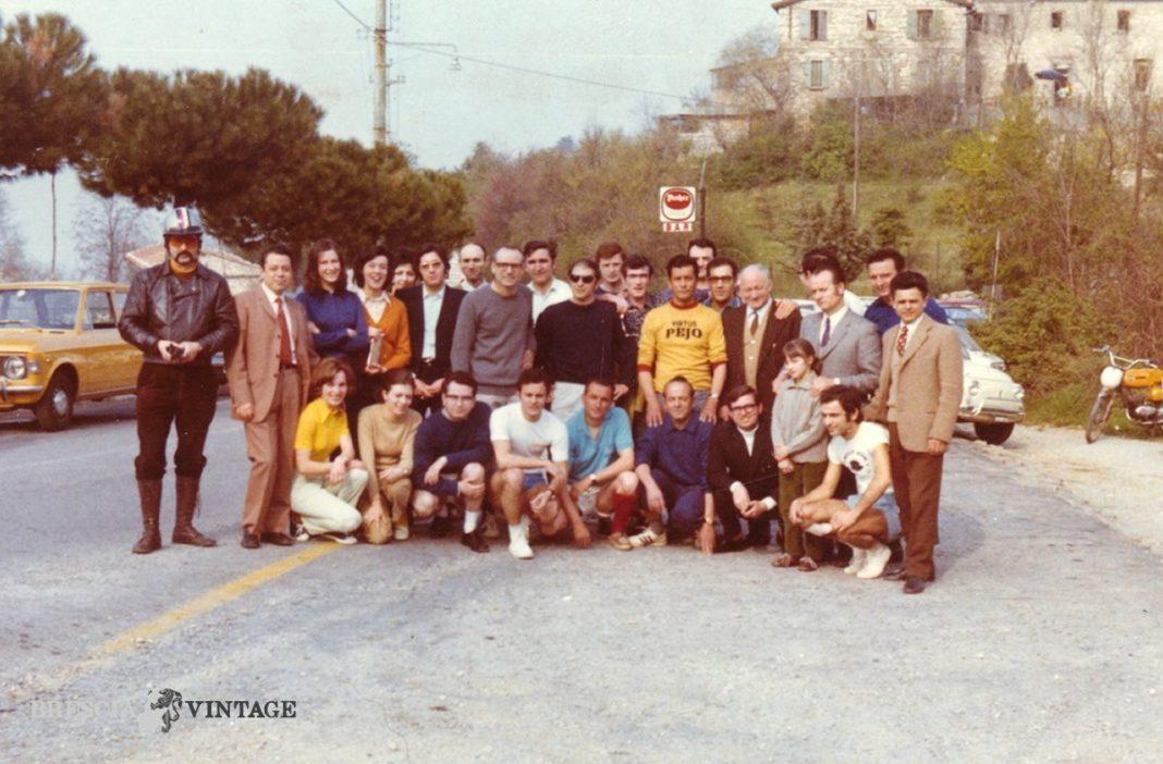 Titolo: Marcia in Maddalena Fonte: archivio mostarda Anno: anni 70