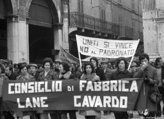 Manifestazione in piazza Loggia 1977