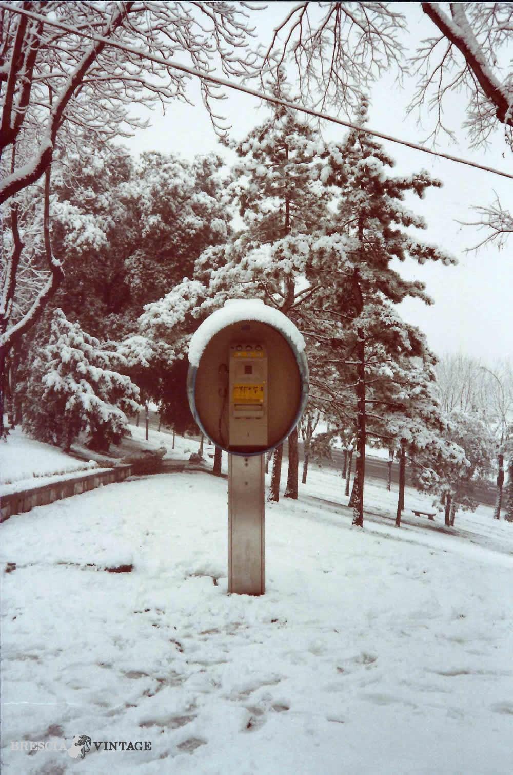 Cabina telefonica SIP in Castello